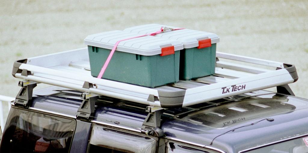 70プラドにルーフラックを装備